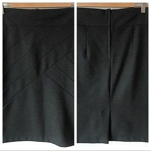 H&M Pencil Skirt With Intricate Detail